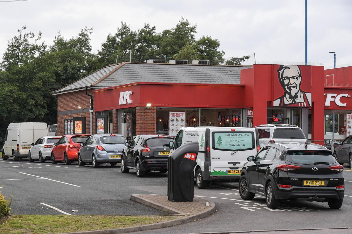 There were queues at neighbouring KFC after McDonald's closed. Photo: SnapperSK