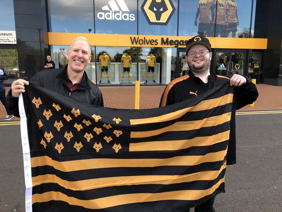 Chris with fellow USA Wolves fan Steve Koenig outside Molineux.