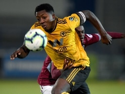 Wolves youngster Benny Ashley-Seal pens new deal and heads out on loan.