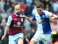 Aston Villa set to rival Wolves for Southampton striker Sam Gallagher