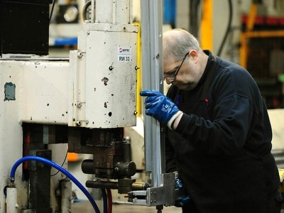 Business output returns to growth after December's election