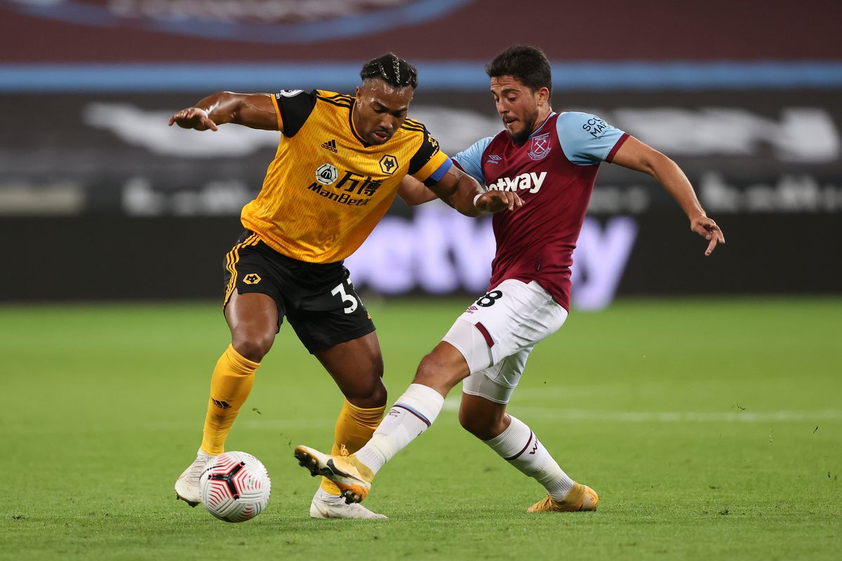 Adama Traore of Wolverhampton Wanderers and Pablo Fornals of West Ham United (AMA)