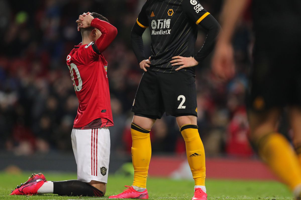 Digo Dalot of Manchester United reacts after missing a chance (AMA)