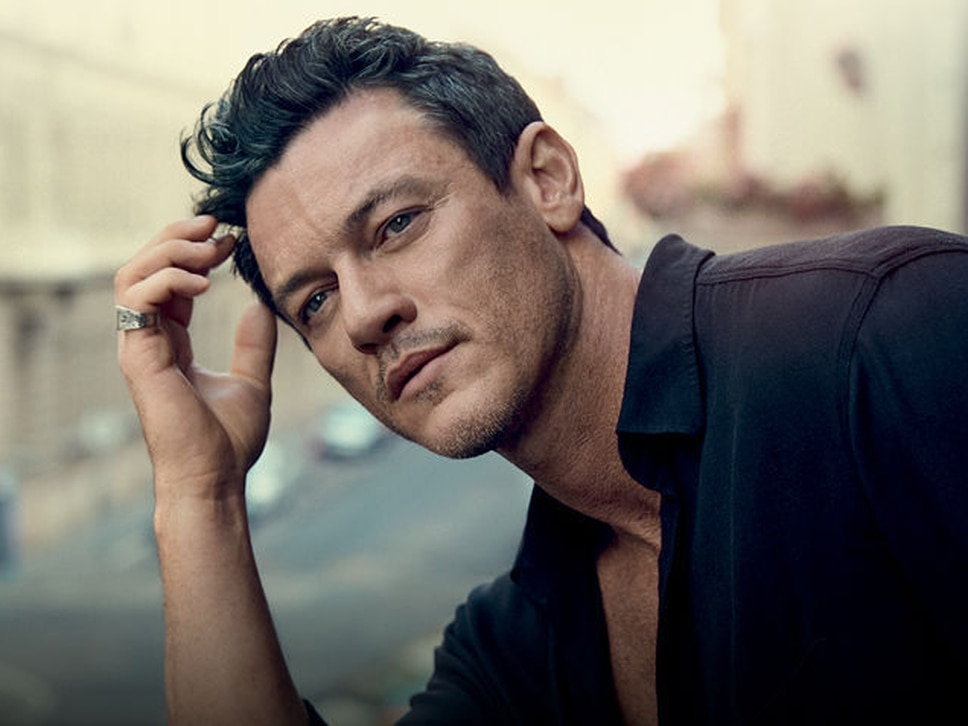 The Hobbit and Beauty and The Beast star Luke Evans to perform in Birmingham