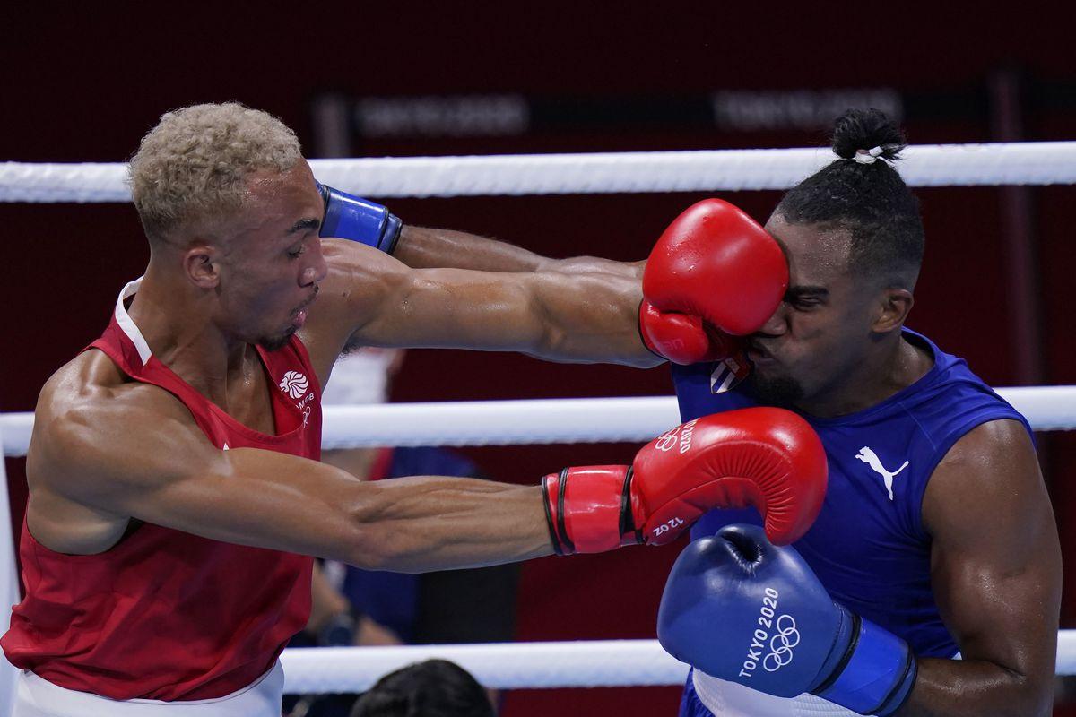 Whittaker in action against Cuba's Arlen Lopez