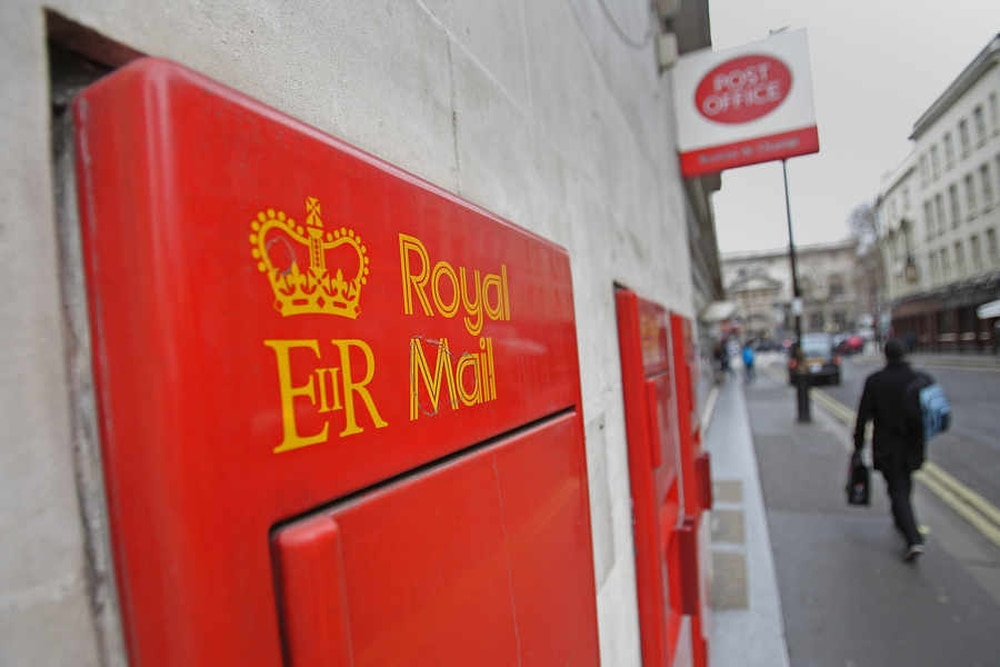 halesowen post office in peckingham street has been closed since christmas eve - Post Office Christmas Eve