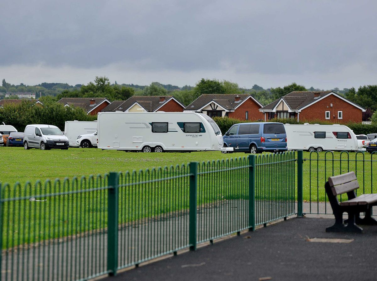 Travellers on playing fields at Parkstone Close, Shelfield