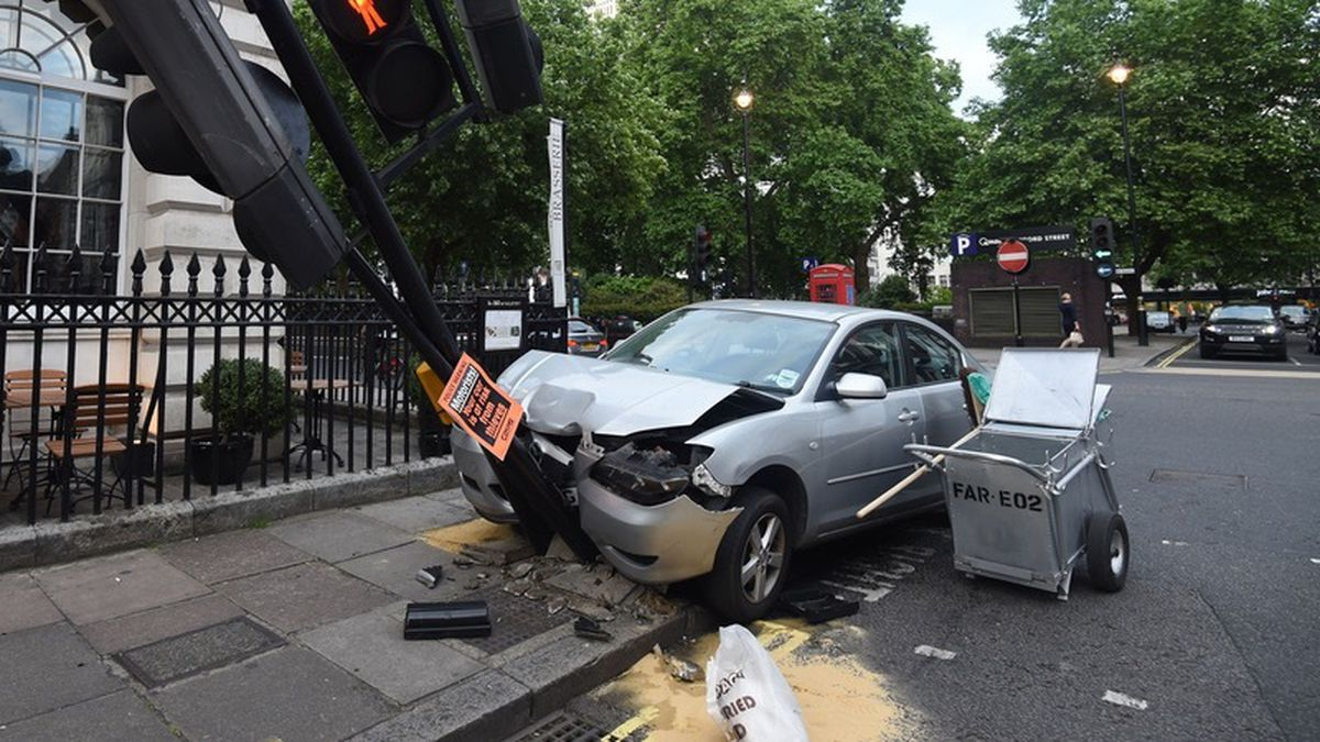 A car was written off every 90 seconds in the UK last year