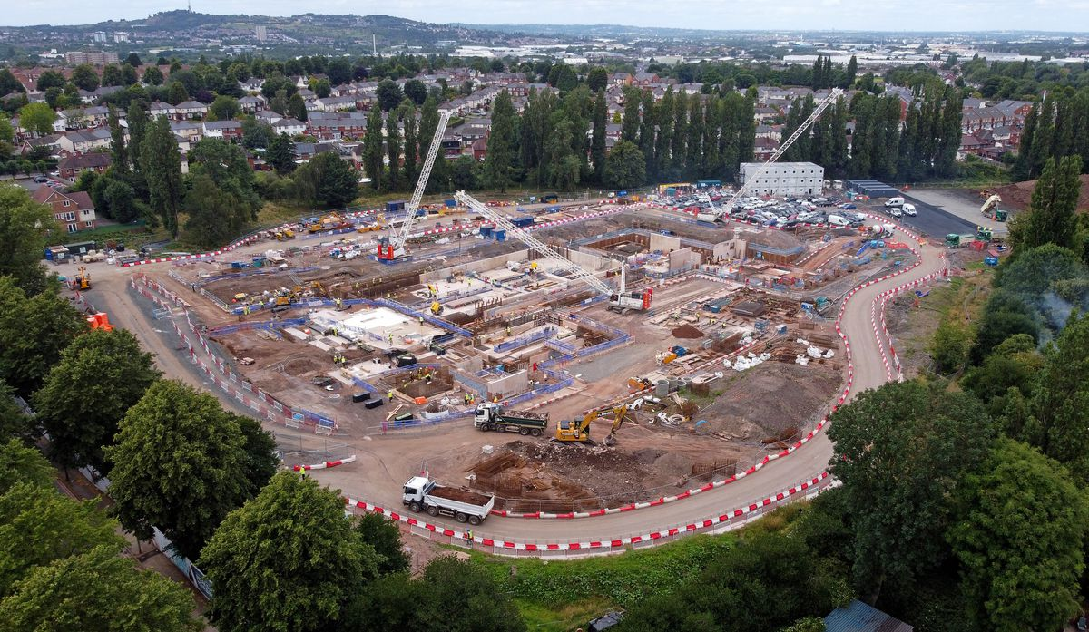 SANDWELL COPYRIGHT EXPRESS&STAR TIM THURSFIELD-20/07/20.Fresh pics showing how the new stat-of-the-art aquatics centre in Smethwick is progressing. The new centre should hopefully be ready for the Commonwealth Games in 2022...
