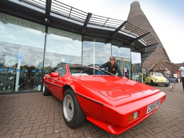 Black Country Classic Car show attracts crowds - in pictures