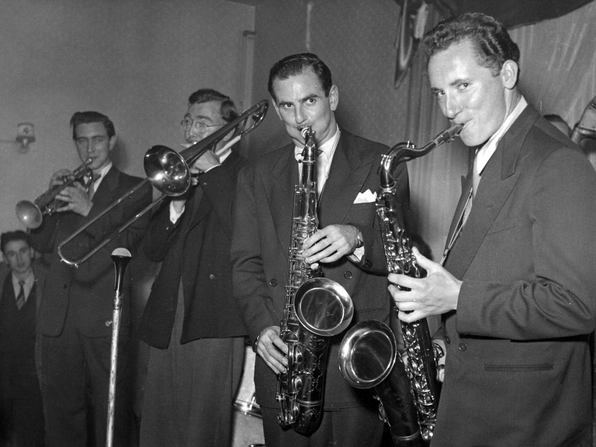 Andy's dad Bill, right, playing with Ronnie Scott.