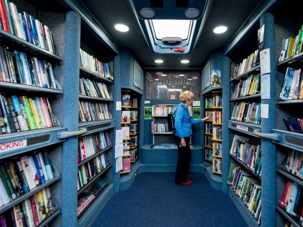 Mobile libraries dwindle as services taken off the road