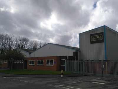 160 jobs at risk as Dudley furniture firm collapses