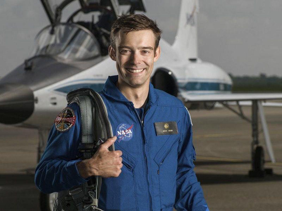 Space Astronaut Quits