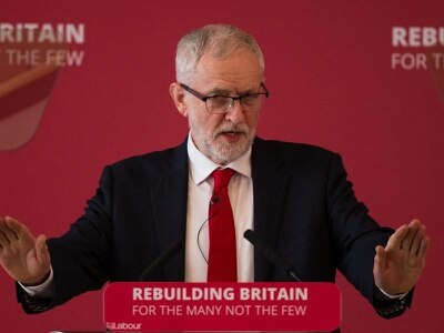 Labour on brink of split over Brexit and Corbyn leadership