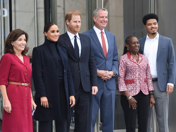 Governor of New York State Kathy Hochul, left to right, the Duchess and Duke of Sussex, New York mayor Bill de Blasio, first lady of New York Chirlane McCray and their son Dante de Blasio after visiting the One World Observatory