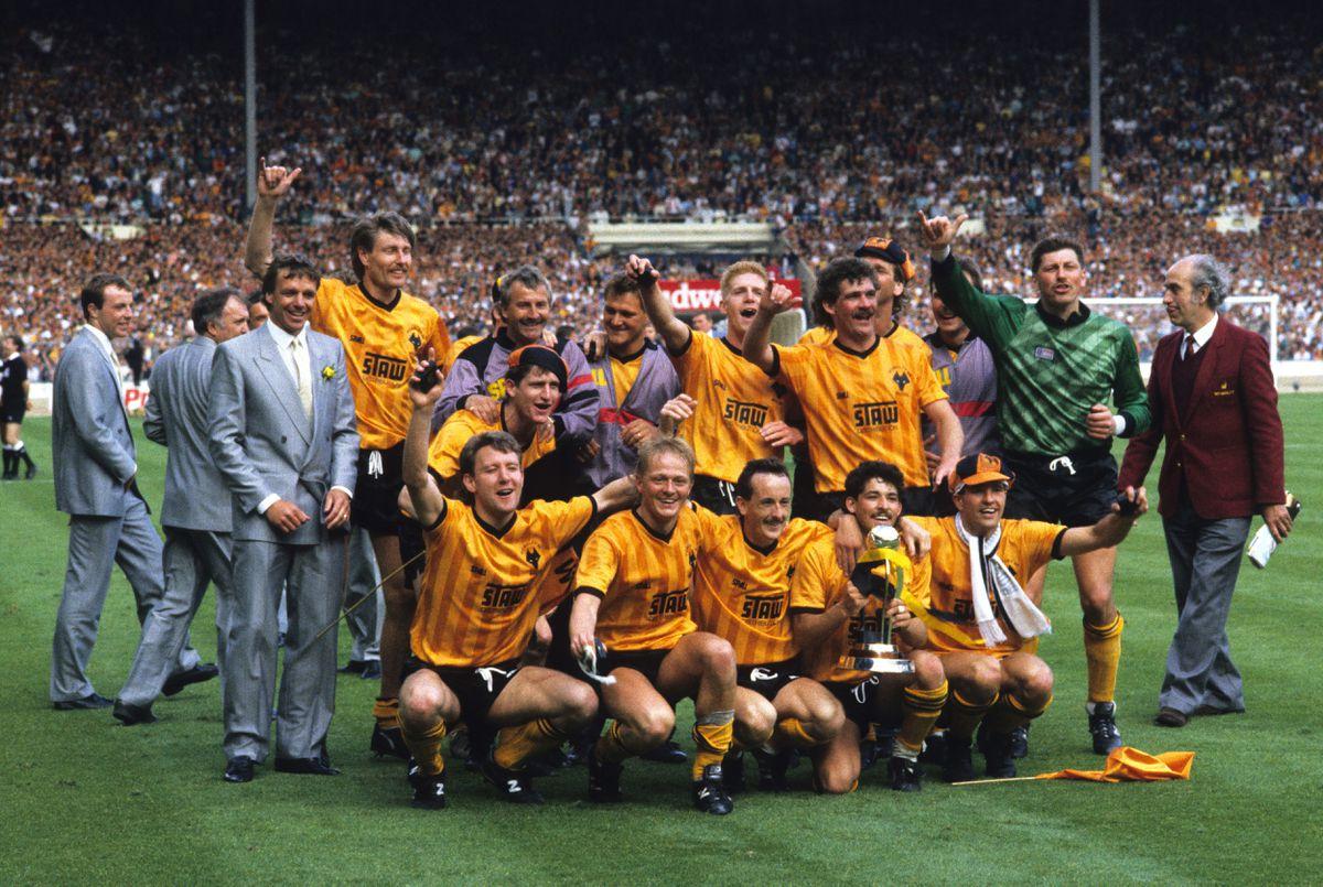 The 1988 Sherpa Van Trophy Final at Wembley 29th May 1988 Wolverhampton Wanderers celebrate after beating Burnley 2-0. Mark Kendall
