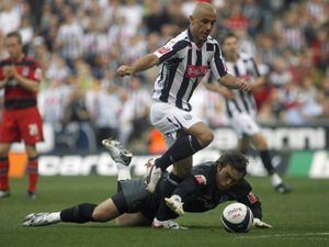 Kevin Phillips of West Bromwich Albion goes past Lee Camp of Queens Park Rangers  but fails to score    .