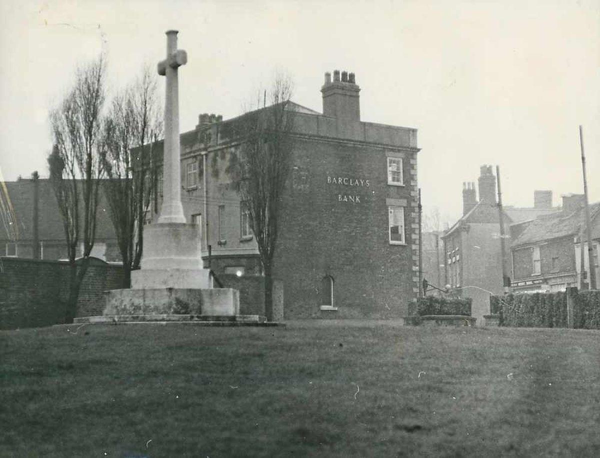 Bilston's war memorial in 1966 before it declined