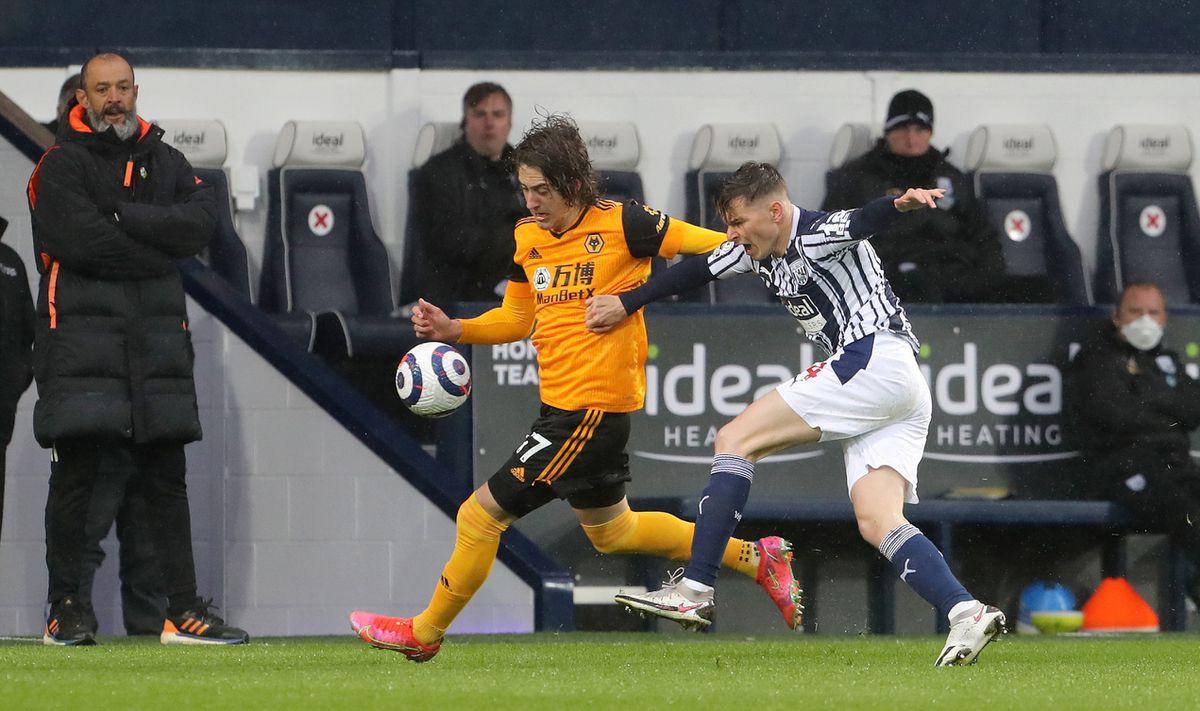 Wolverhampton Wanderers' Fabio Silva (left)