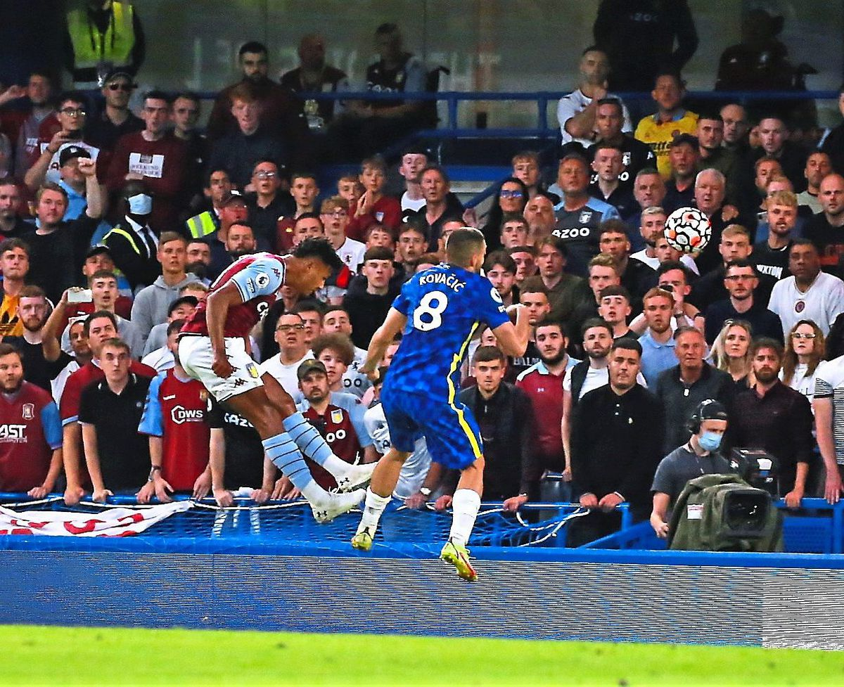 Ollie Watkins cannot convert a header in front of the travelling Villa faithful at Stamford Bridge       Picture: Dave Birt