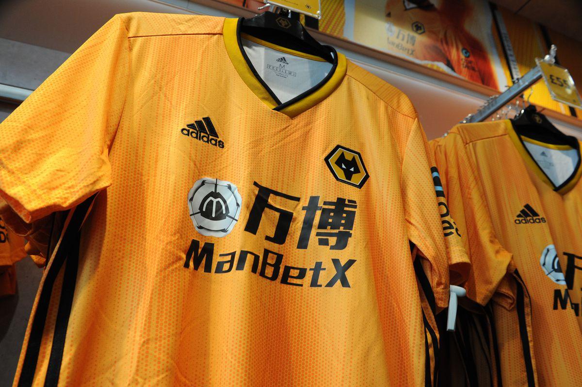 Wolves' shirt sponsor.