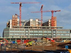 Midland Met Hospital: £350 million site to be finished nearly a year later than planned