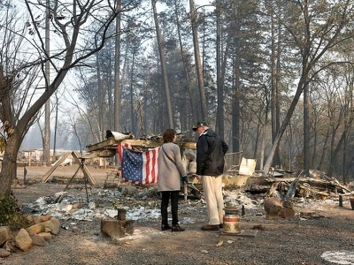 Death toll rises in California as Trump surveys wildfire damage