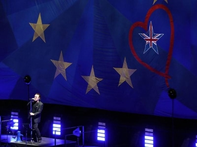 Brexit more than just a gold star falling off a blue flag, Bono tells London gig
