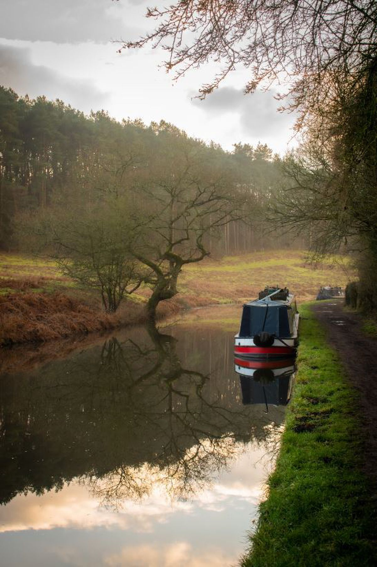 Stourton Canal by Luke Groves posting as @flashin_in_public on Instagram