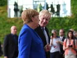 Boris Johnson set for showdown Brexit talks in Paris