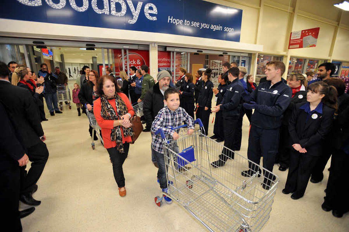 £50m Stourbridge Tesco opens after year of work