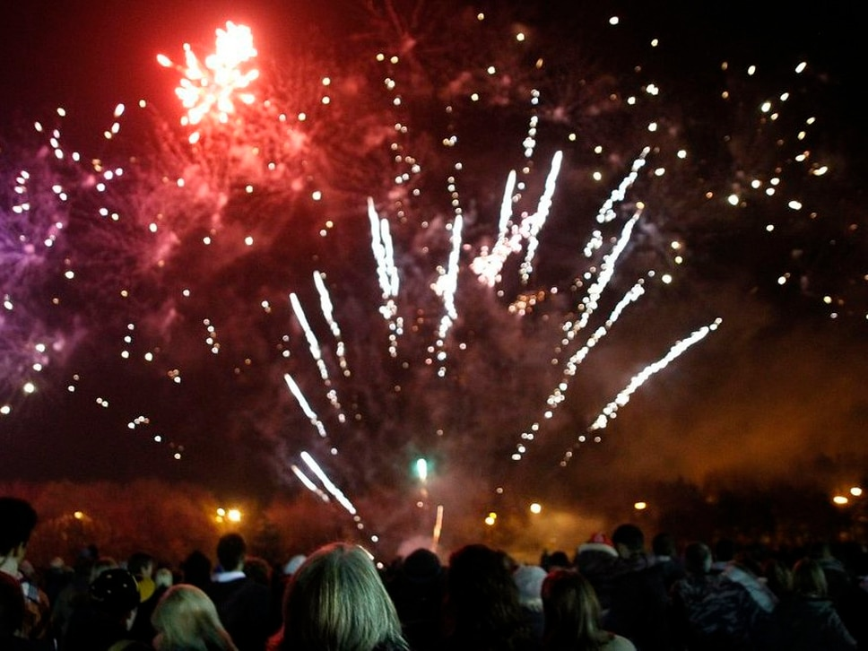 Families urged to buy Sandwell fireworks tickets early