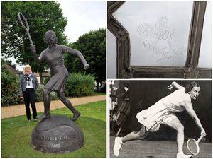 The hidden etching from tennis legend Dorothy Round