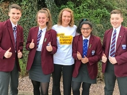 Teacher to do skydive for charity