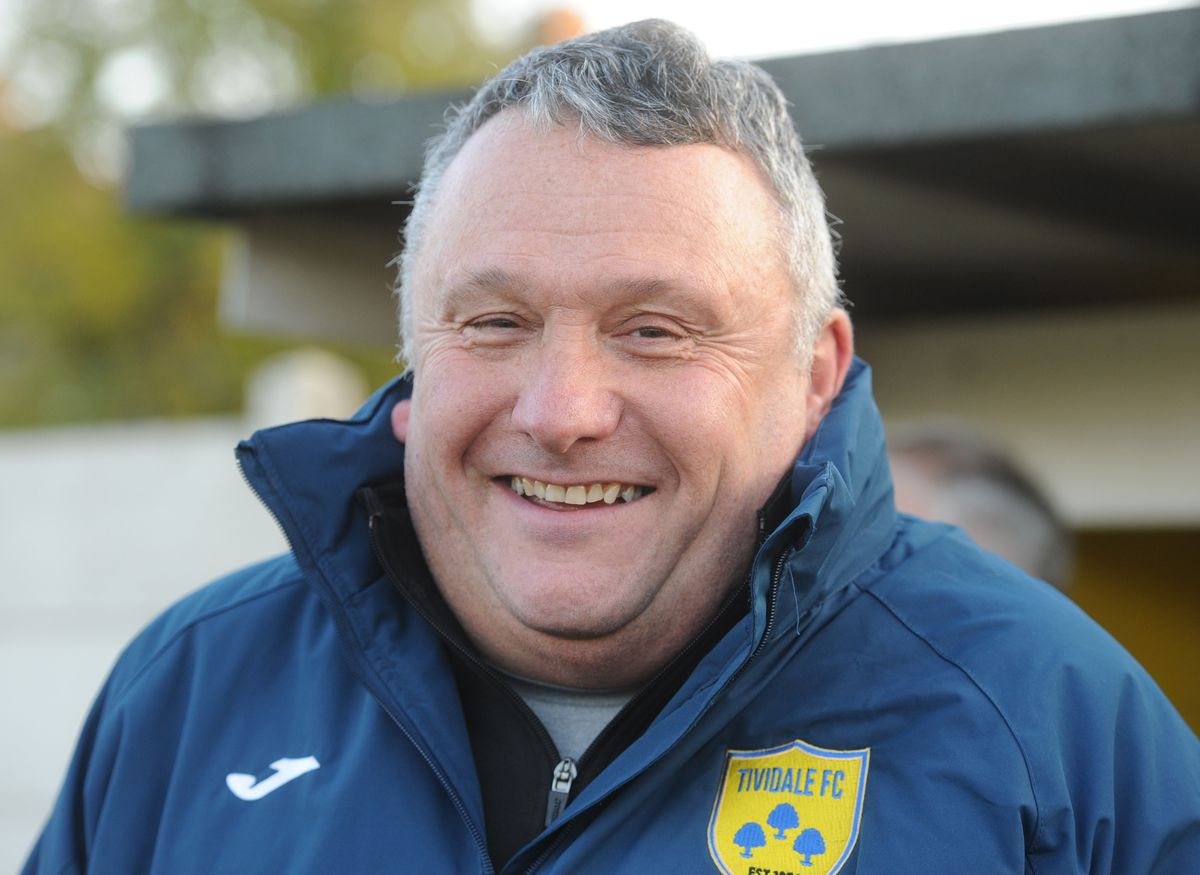 Tividale Manager Dave King.