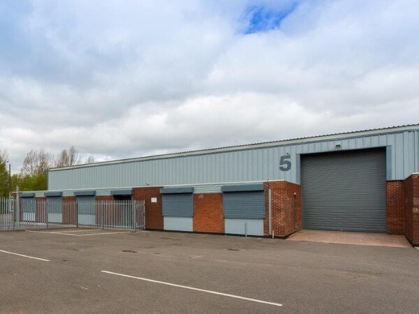 Three newly refurbished units available in Black Country