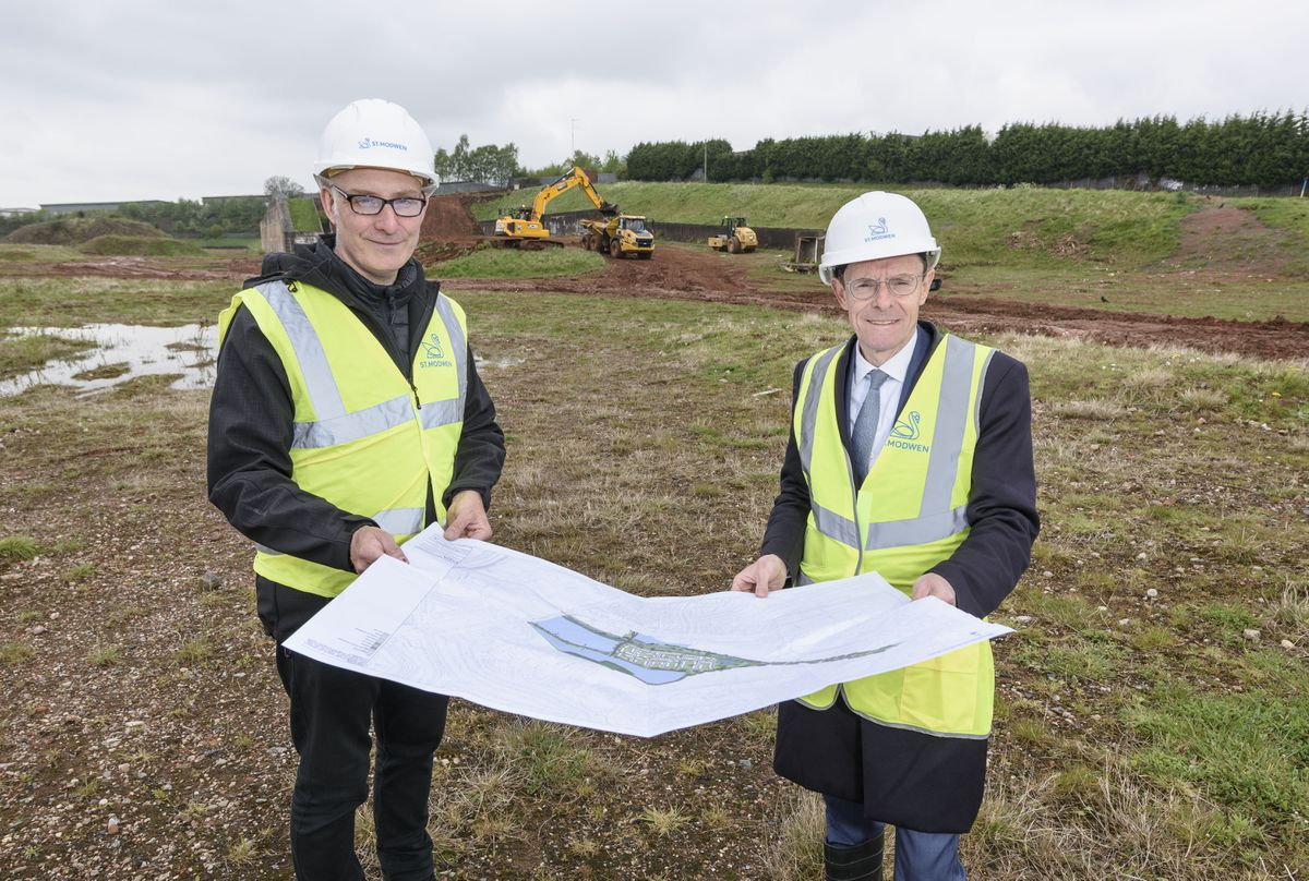 Mayor of the West Midlands, Andy Street meets with St Modwen Senior Director Rob Flavell as work starts on the new Longbridge Business Park on the site of the former Austin Rover West Works.