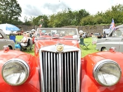 Hundreds descend on classic car show in Dudley Castle