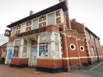 First World War hero's Great Bridge pub left to rot