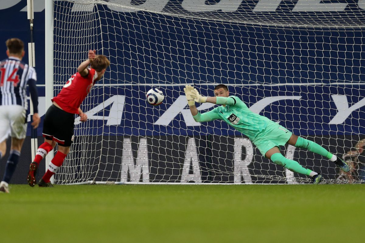Sam Johnstone of West Bromwich Albion saves a penalty kick from James Ward-Prowse of Southampton Football Club to keep the score at 3-0. (AMA)