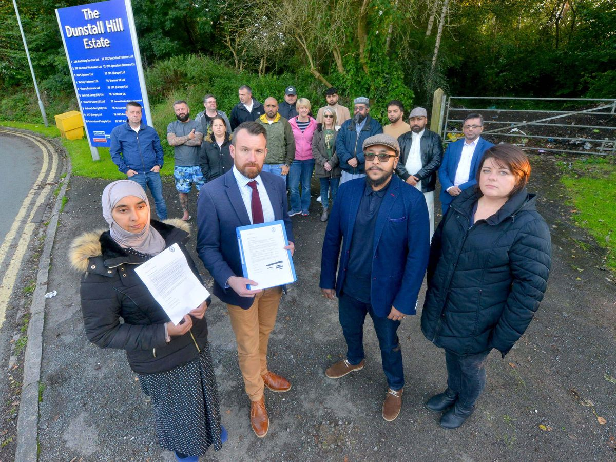 From left, Shameem Begum, PPC Stuart Anderson, Councillor Sohail Khan and resident Gemma Taylor with unhappy residents at the site