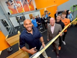 Matt Murray kicks off new fitness area at Wolverhampton club