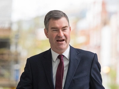 Gauke warns Tory majority will lead to 'disastrous' no-deal Brexit