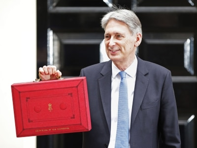 Budget 2017: Chancellor Philip Hammond cuts stamp duty for first time buyers and makes second Devolution Deal for the West Midlands