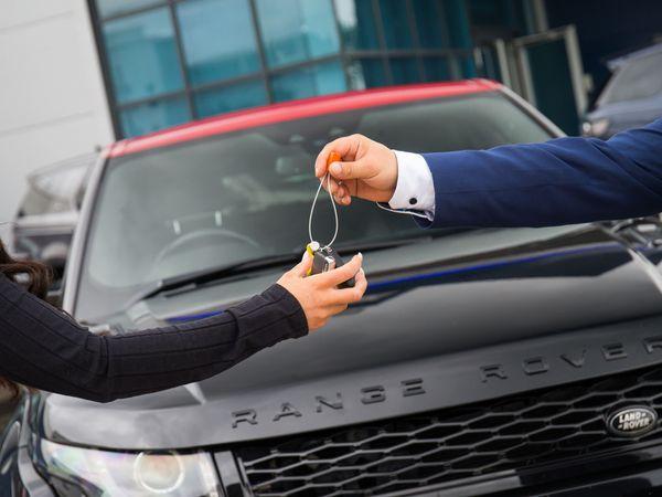 Car sale key handover