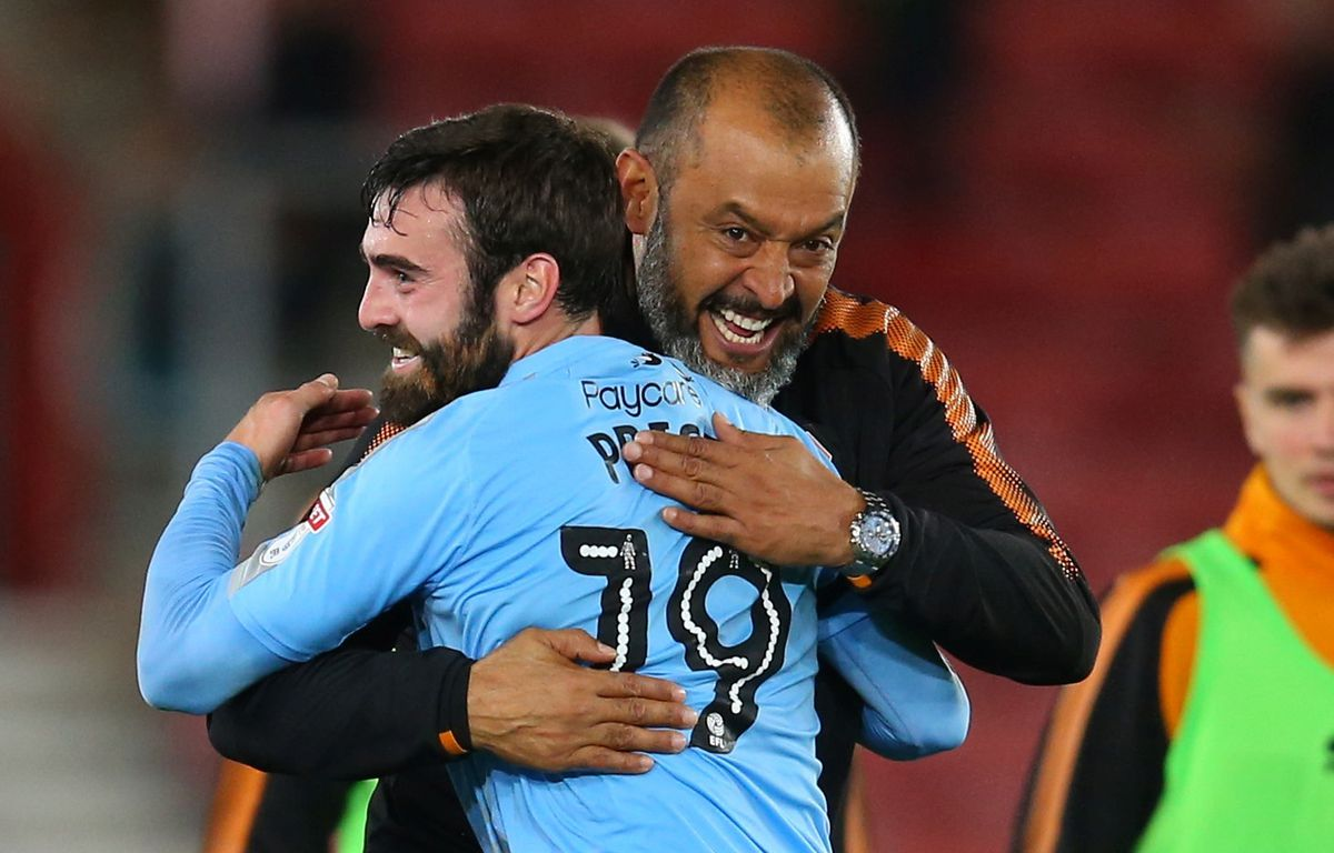Price celebrates with Nuno after the second round Carabao Cup win at Southampton (© AMA / Sam Bagnall)