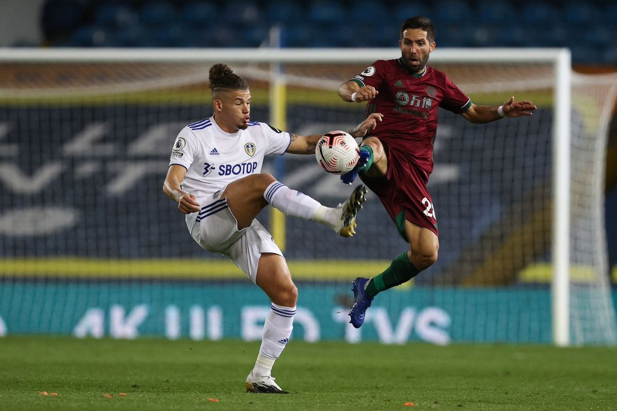 Kalvin Phillips of Leeds United and Joao Moutinho of Wolverhampton Wanderers (AMA)