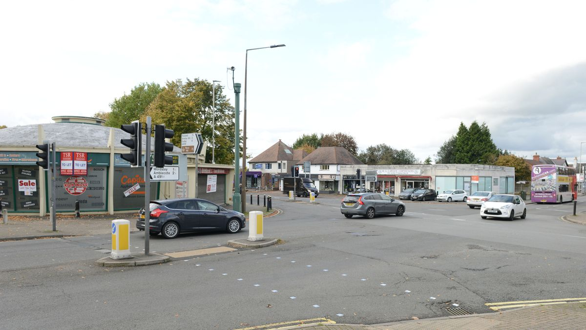 We head back to Leeford Village - which is inspired by Kingswinford