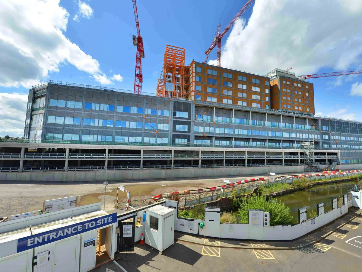 Building work on the Midland Metropolitan Hospital in Smethwick could face further delays